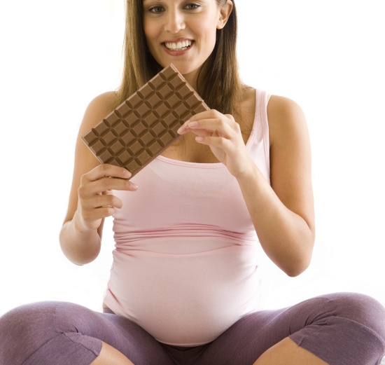 eating chocolates during pregnancy
