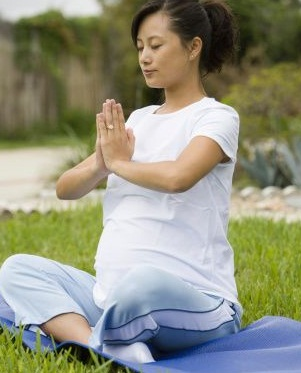 yoga for pregnancy  how yoga during pregnancy helps