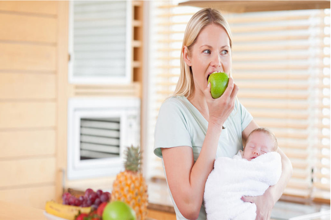 10 Must have foods for all Breast Feeding Mom's